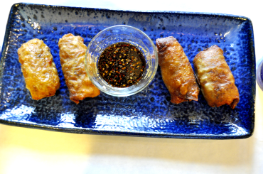 Egg Rolls and Dipping Sauce